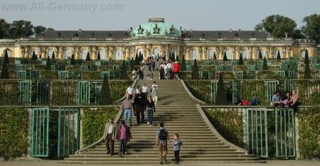 Дворец Сан-Суси